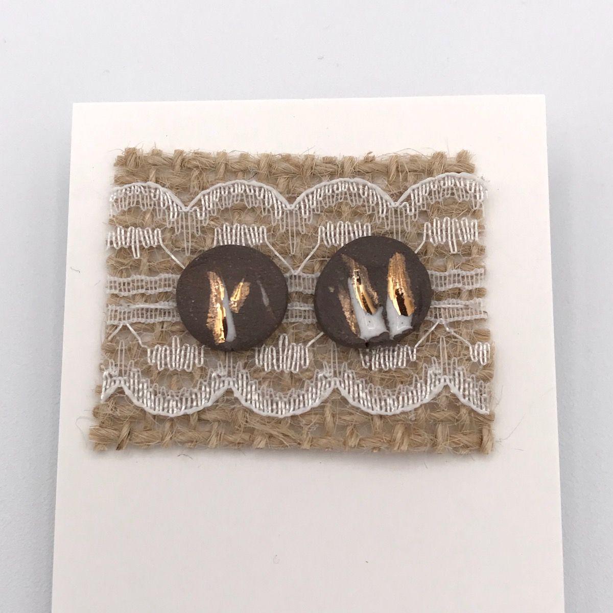 Oat Imprint & Gold Stud Earrings